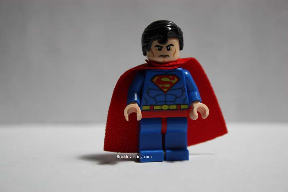 Superman Minifigure 76040