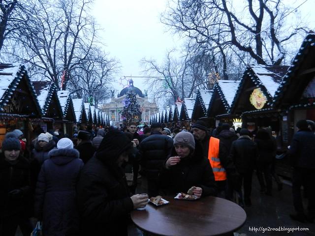 """Рождественская ярмарка на """"стометровке"""""""