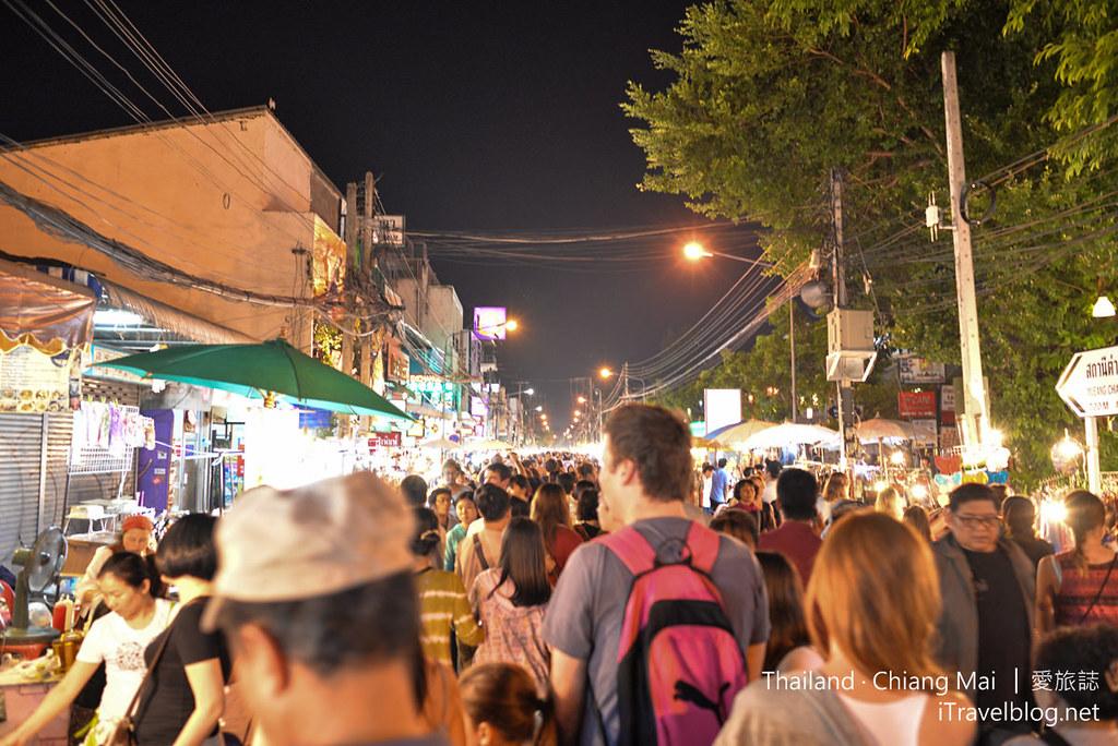 Chiang Mai Sunday Walking Street 清迈周日夜市 02_mini