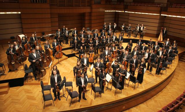 Konsert Jamal Abdillah di Dewan Filharmonik PETRONAS