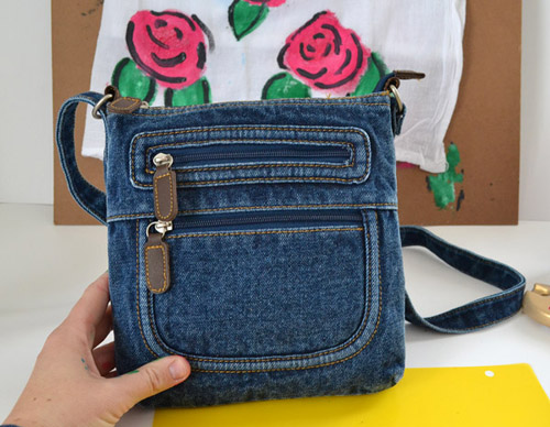 a05-floral-denim-crossbody-dreamalittlebigger