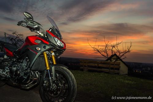 Yamaha MT 09 Tracer Sonnenuntergang-6.jpg