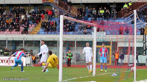 Catania-Spezia 2-2: Tanta paura, poca personalità$
