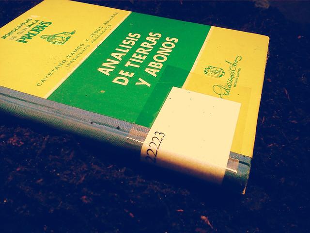 libro tierras portada pix