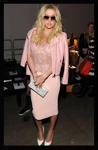Kesha (2)