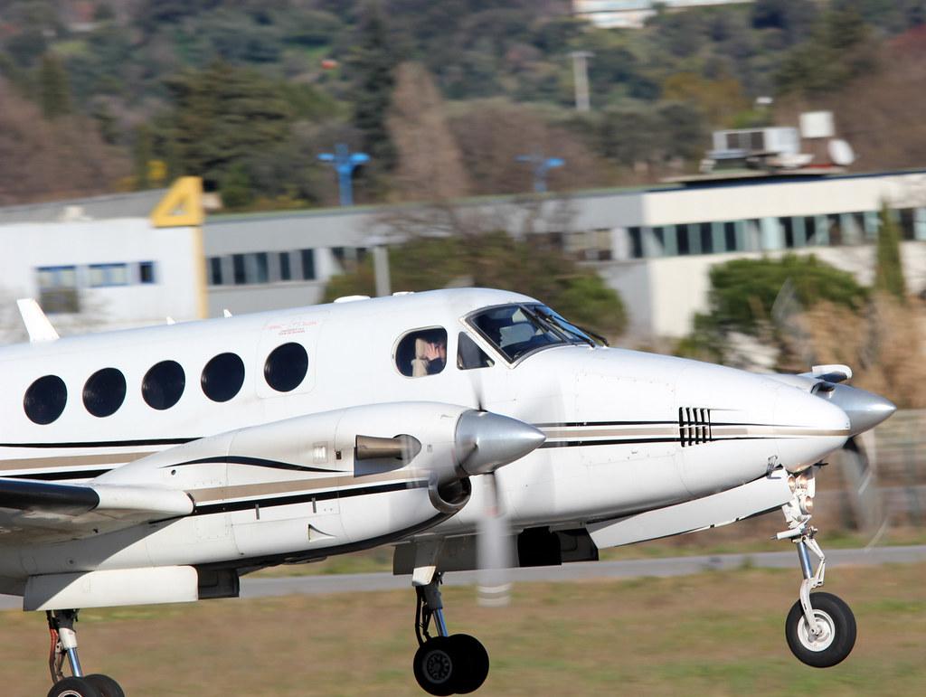 Aeroport Cannes-Mandelieu , LFMD , Février 2015 16644502951_680b2cfd9d_b