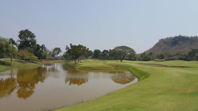 Play at Royal Ratchaburi 150K far from Bangkok