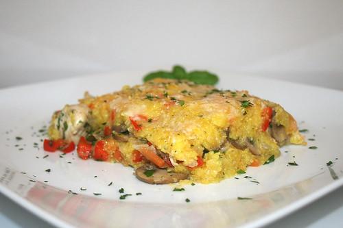 57 - Polenta chicken casserole - Side view / Polenta-Hähnchen-Auflauf - Seitenansicht