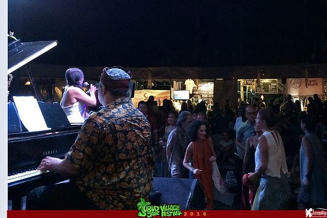 Ubud Village Jazz Festival 2016 - East West Jazz Ensemble ft Gregory Gaynair Dian Pratiwi Uwe Plath (3)