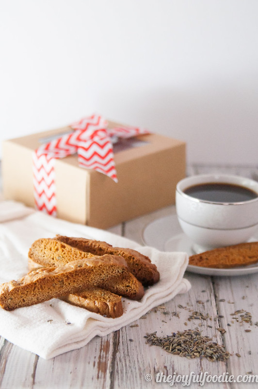 honey-lavender-biscotti-4