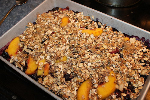 Berry Peach Fruit Crisp