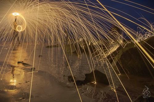 nightphotography beach fire nikon spin firedance steelwool spinnee d7000