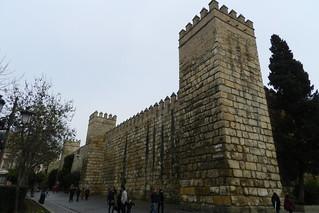 Muralla y Puerta del Leon Real Alcázar Sevilla 02
