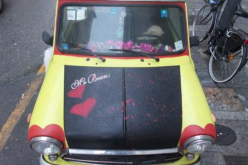 C'è lei, l'amorevole #auto di Mr Bean!