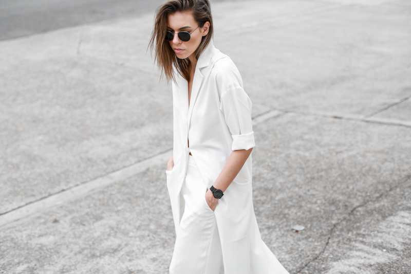 MODERN LEGACY fashion blog all white street style duster coat culottes Larsson Jennings black metal watch (1 of 1)-2