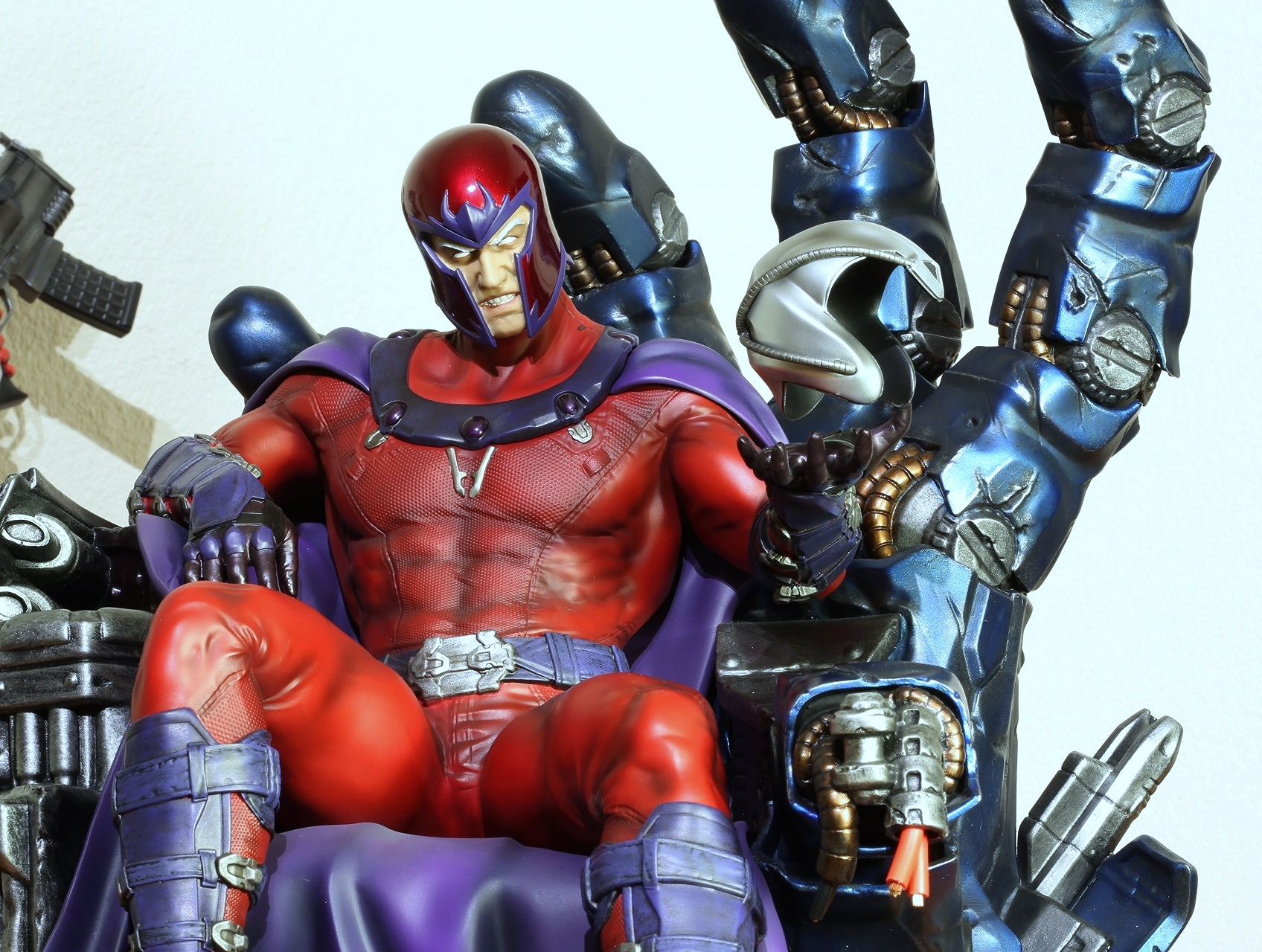 Premium Collectibles : Magneto on Sentinel Throne - Page 13 16284716445_7288525b8a_o
