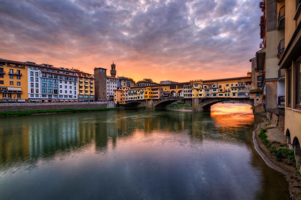 Ponte Vecchio Bridge (Florence, Italy)