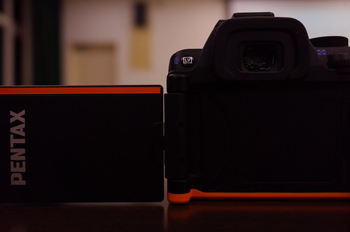 PENTAX K-S2 03 black & orange