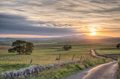 sunset england nationalpark nikon unitedkingdom dusk yorkshire yorkshiredales d800 langcliffe thedales vividvista