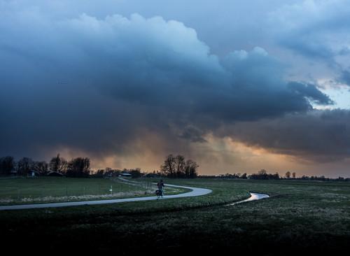 storm rain bicycle hail clouds landscape dawn wolken biker polder darkclouds vlaardingen otherkeywords nederlandvandaag