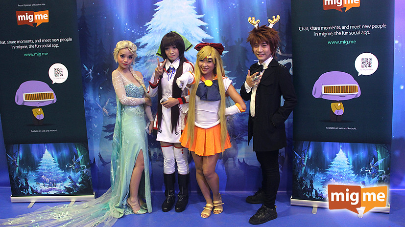 The three winners with Sailor Venus (migme staff, Reia, who is based in KL - @migmejuniper)