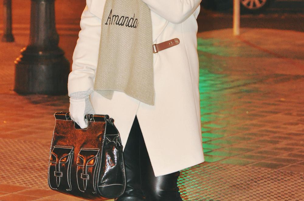 something fashion burberry wrap coat initials personalized scarf cara delevigne spain valencia style blog