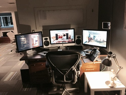 Final iteration of my desk setup for the foreseeable future. It's more pragmatic than pretty.
