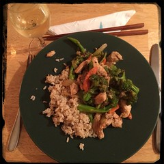 #Homemade Asian-Style Chicken w/ Broccoli - served over #brownRice