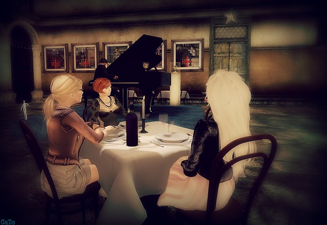 Monday night's piano music at Basilique
