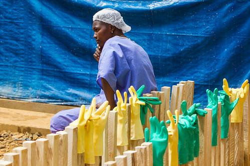 unitednations etc ppe etu personalprotectiveequipment ebolaresponse ebolatreatmentunit ebolatreatmentcentre photomartineperret