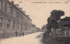 216. Nérondes (Cher) - Ecole de Garçons (c.1925)