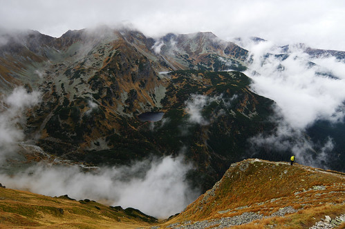 autumn cloud lake fall weather clouds walking october cloudy hiking path walk hike trail western slovensko slovakia tarn tatry tatras westerntatras zapadnitatry západnétatry zapadnetatry volovec západné západnítatry rohacskeplesa roháčsképlesá rohacskepleso roháčsképleso