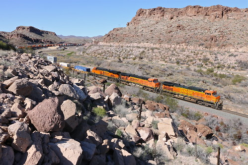 arizona trains bnsf railroads intermodal kingmancanyon stacktrains