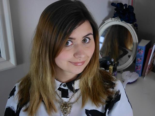 beauty blogger tutorial post easy wavy hair