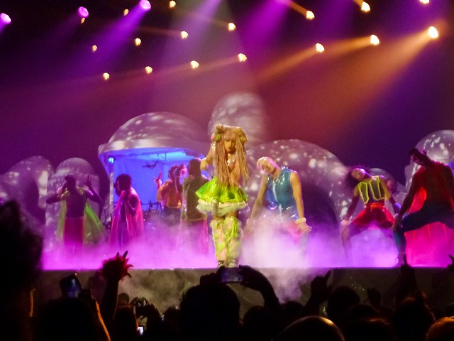 Lady Gaga - artRAVE- The ARTPOP Ball - Zenith, Paris (2014)