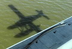 plane pontoon boat