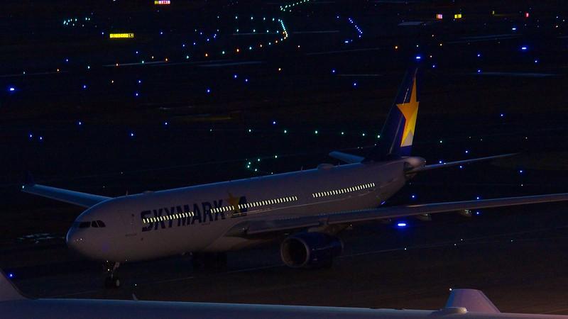 Skymark JA330E