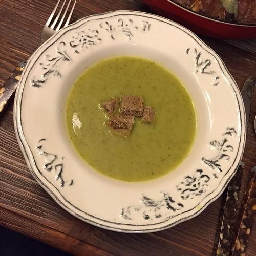 Dur dur hemen burun kıvırma gel bi tadına bak sonra karar ver ;) #brokoliçorbası #yaseminmutfakta