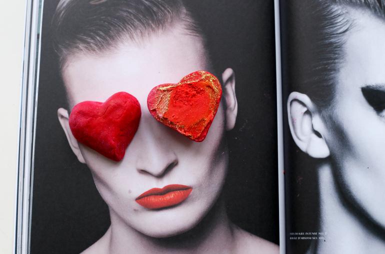 lush the lonely heart bubble bar, lush valentine, lush valentijn, lush valentijn 2015, lush bubble bar, lush valentijnscollectie, lush unicorn horn, lush webshop, lush filialen, lush badproducten, bodylotion voor onder de douche