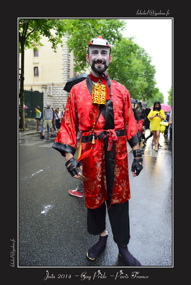2014-06-GayPride-458w