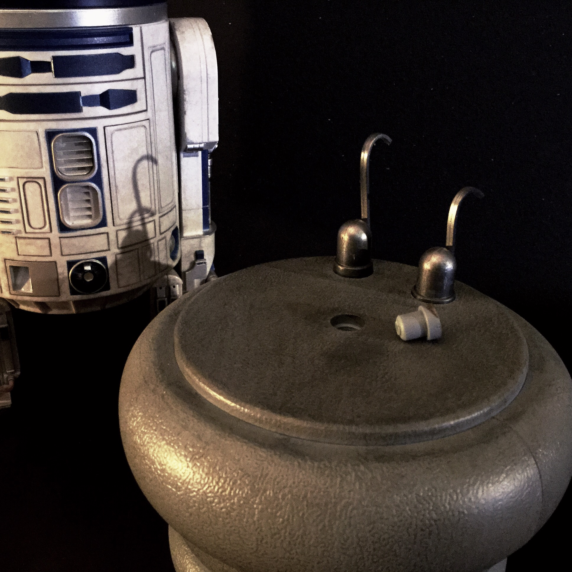 [REVIEW] Star Wars : R2-D2 Deluxe (Sideshow) 16418195046_e67c2aef1f_o