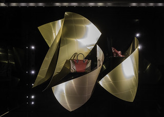 Louis Vuitton windows - Sydney by Gehry