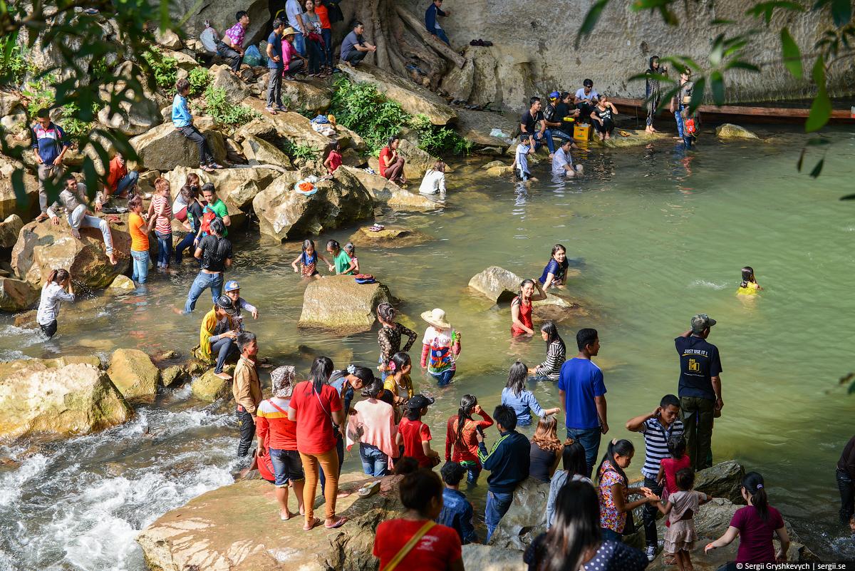 Kong_Lor_Cave_Laos-18