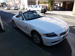 automobile, automotive exterior, wheel, vehicle, bmw m roadster, automotive design, bmw z4, bumper, personal luxury car, land vehicle, luxury vehicle, convertible, sports car,