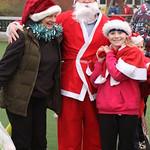 Santa & Sarah Andrew Illing December 2014 150