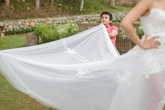 veil(0.0), mosquito net(0.0), bridal clothing(1.0), gown(1.0), wedding dress(1.0),