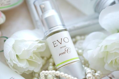 EVO セラムリアルC (美容液)