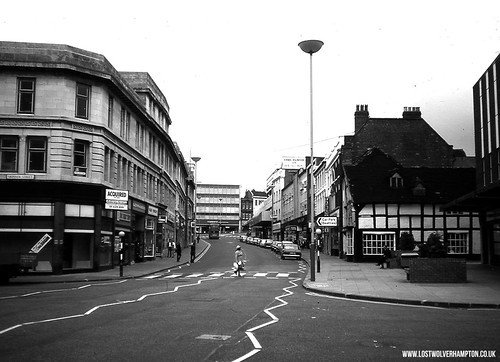 The scene changes drastically in 1970's with the arrival of the Mander Centre