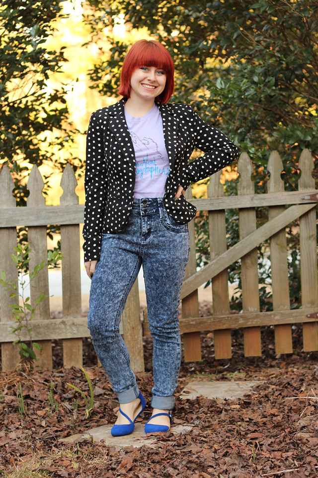 Wearing a Polka Dot Blazer with a Graphic T-shirt and Acid Wash Skinny Jeans