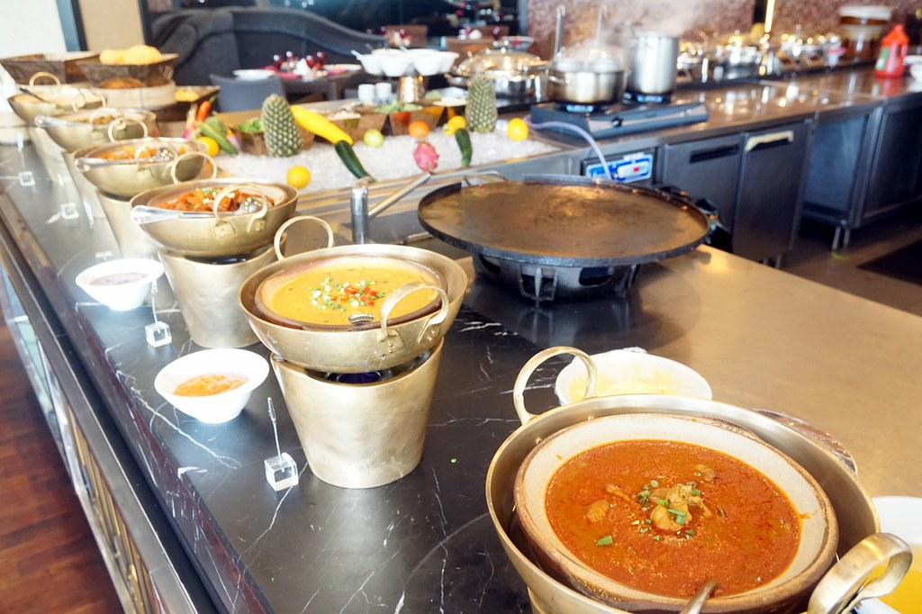 indian section - buffet lunch review - contango Majestic Hotel KL